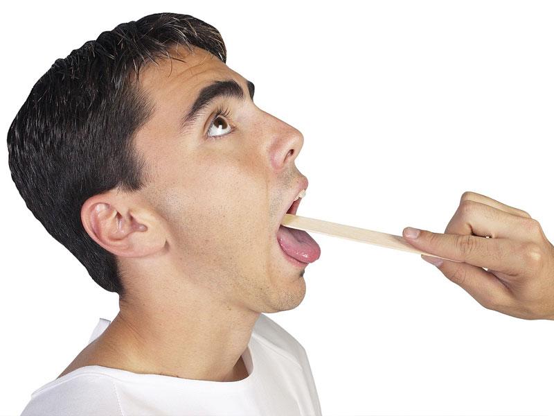 Когда болит горло