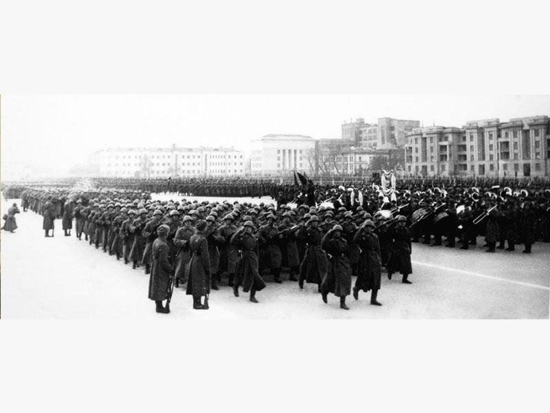 Парад защитников Москвы. 7 ноября 1941 год