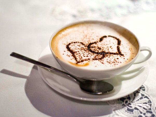 Приготовленный с любовью кофе капучино