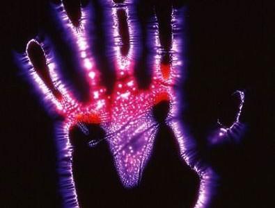 Эффект Кирлиана: рука