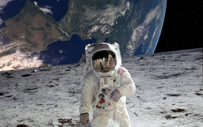 Американец на луне