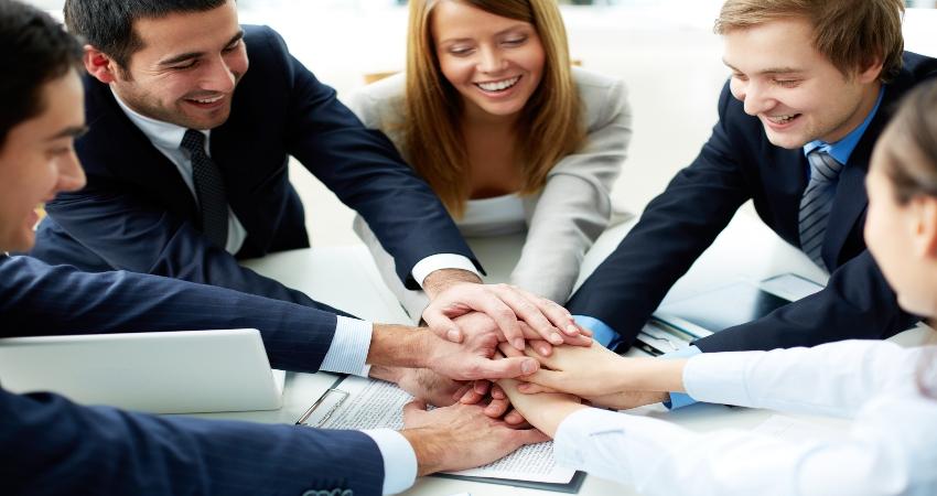 Триалог позволяет выбрать наилучшее решение но и упорядочить возможные решения в порядке предпочтительности.